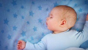 Lee más sobre el artículo Mitos en el sueño infantil